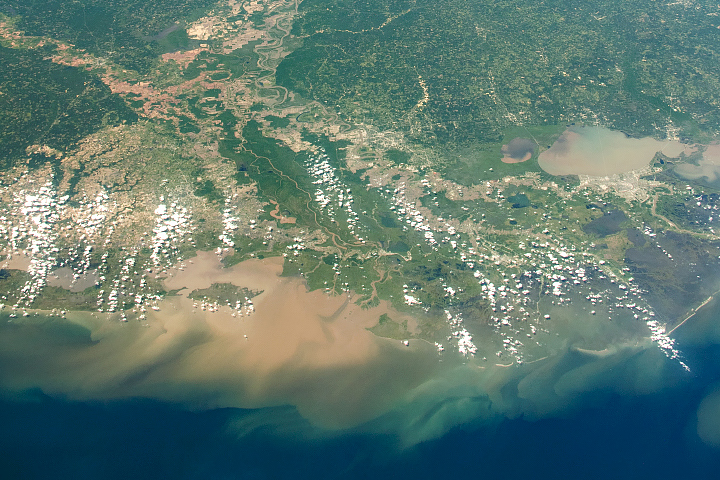 Long View of the Mississippi River Delta - selected image