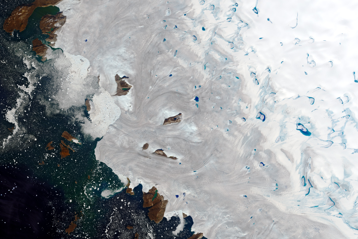 Warm Weather Brings Major Melting to Greenland
