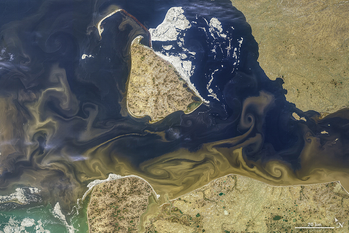 Tawny Swirls in the Kara Sea - related image preview