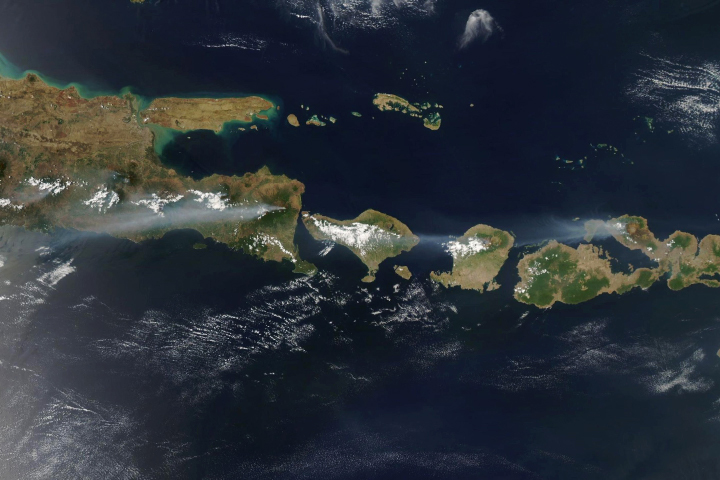 Fires on the Flanks of Volcanoes - selected image