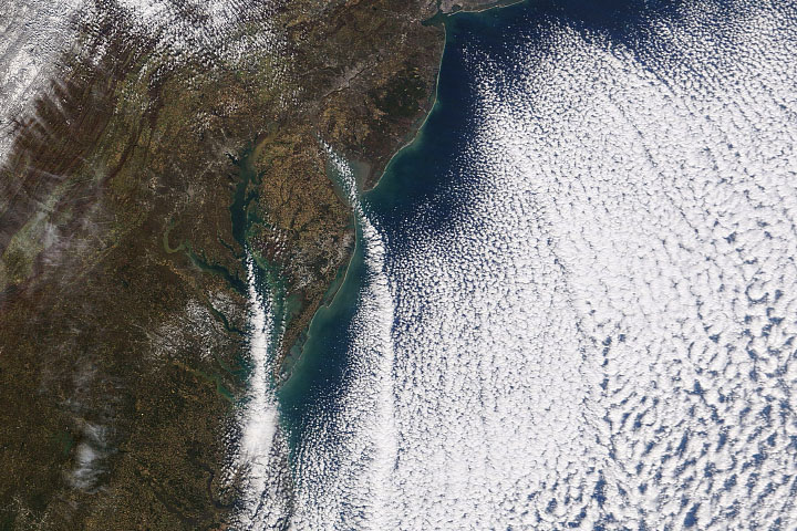 Cloud Streets over the Atlantic