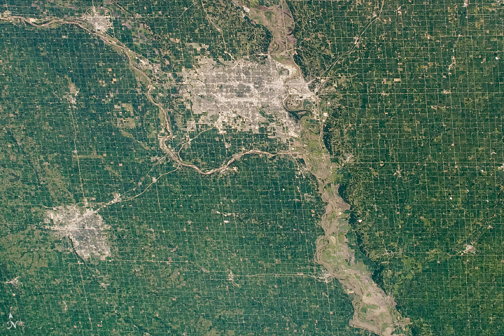 Agriculture Patterns in the Great Plains - related image preview