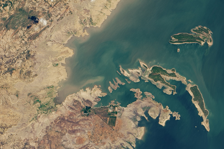 Water Levels Keep Falling at Lake Kariba - selected image