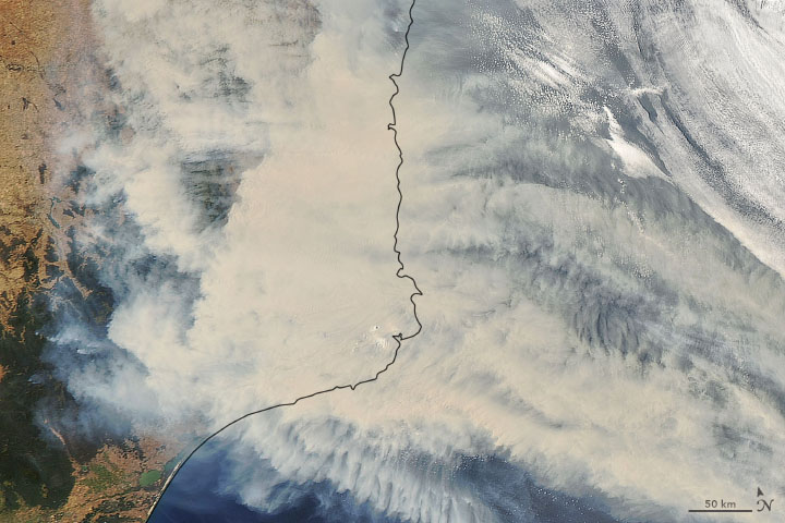 Thick Smoke Blankets Southeastern Australia - related image preview