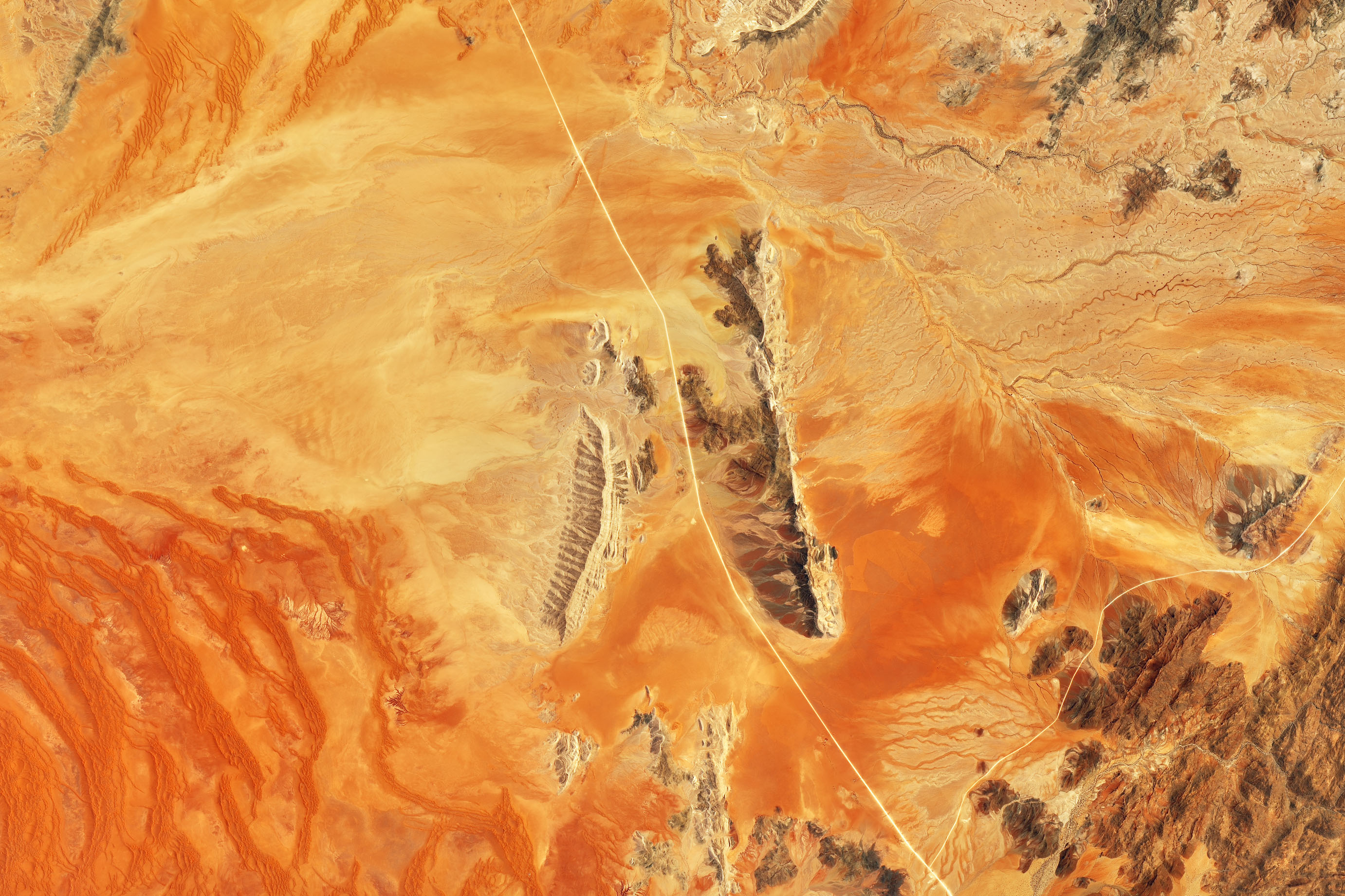 Sandscapes of the Namib Desert - related image preview