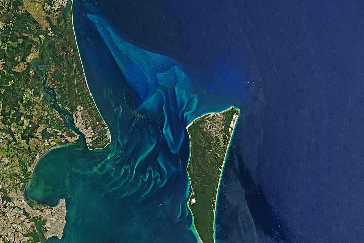 Sandy Shores of Moreton Bay