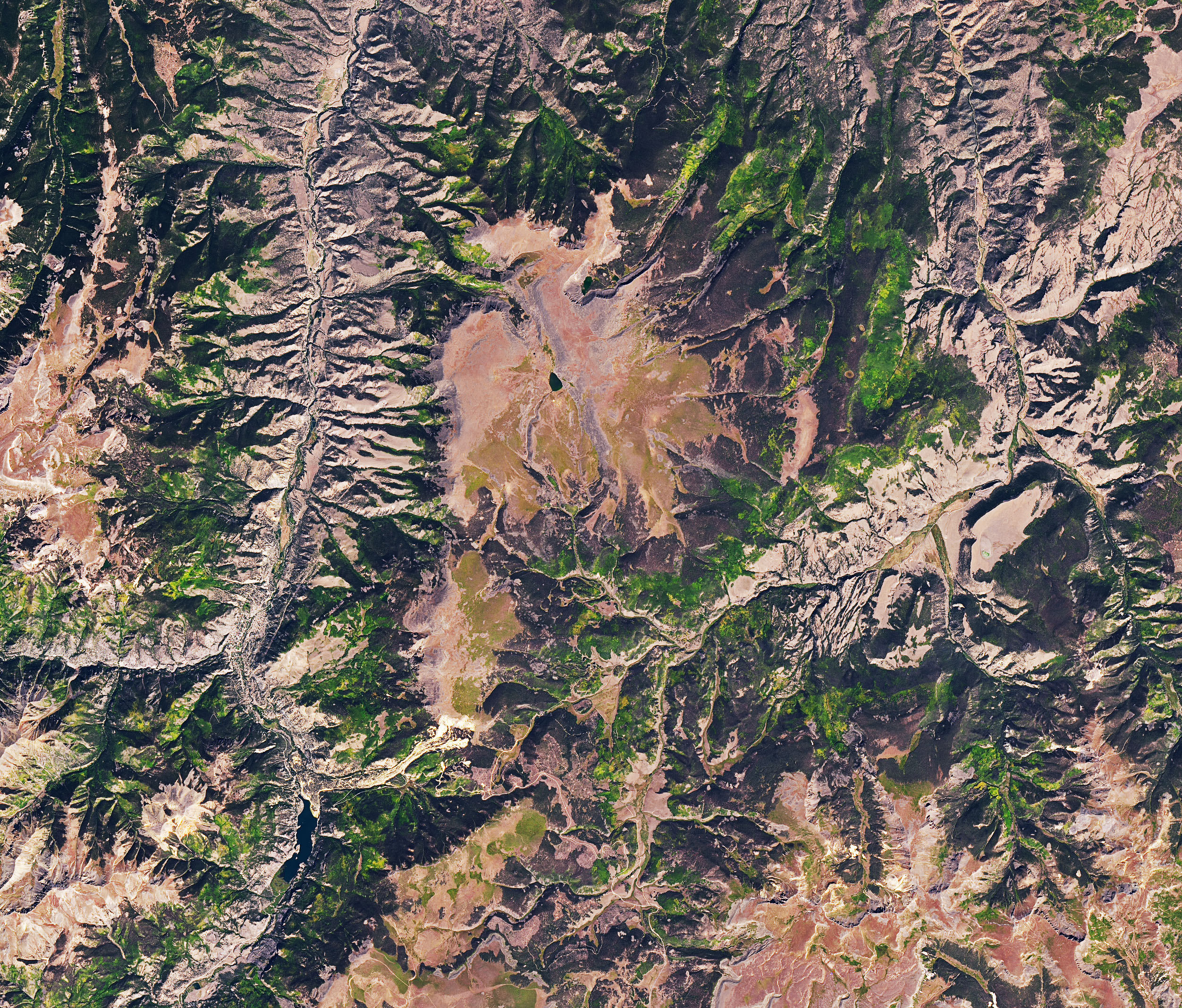 Mapping a Slow-Motion Landslide - related image preview