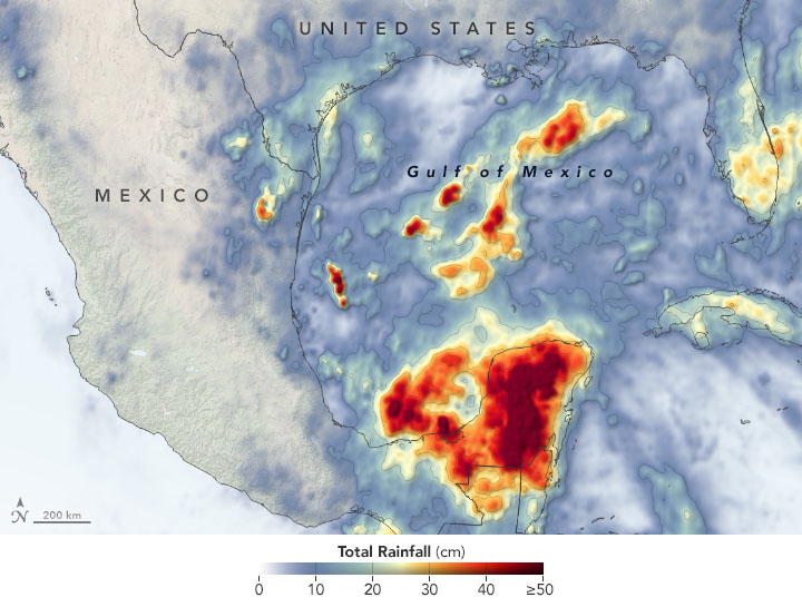 Cristobal Drenches Central America
