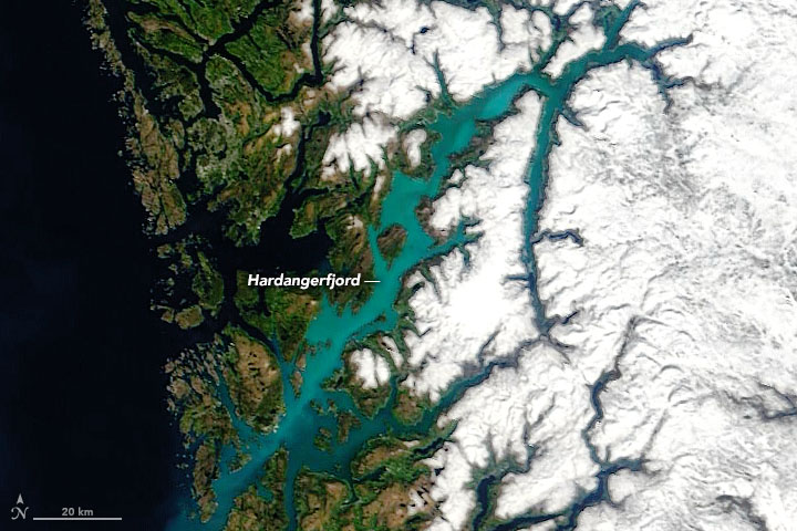 Norwegian Fjord Turns Turquoise - related image preview