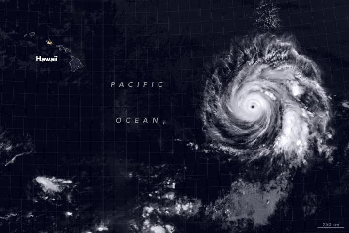 Hurricane Douglas Heads Toward Hawaii