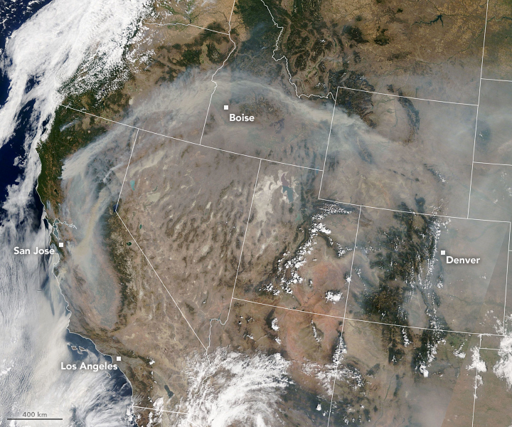 Smoke Continues to Spread Across the U.S. West - related image preview