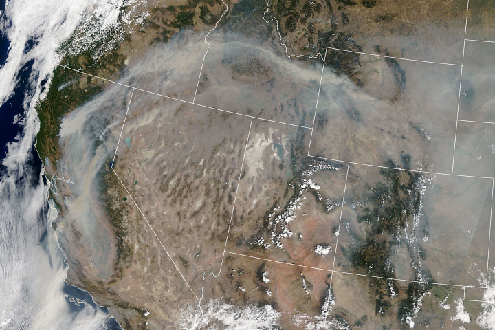Smoke Continues to Spread Across the U.S. West