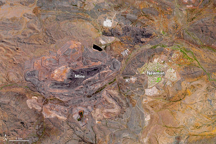 Mining for Iron at Mount Whaleback - related image preview