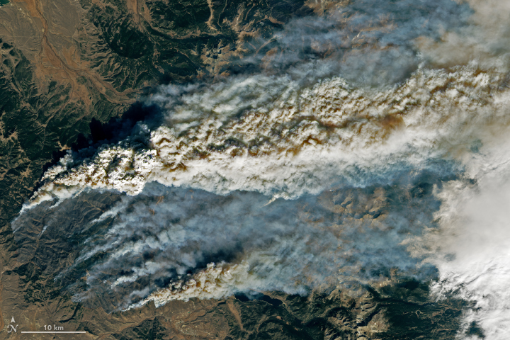 East Troublesome Fire Spreads to the Rockies - related image preview
