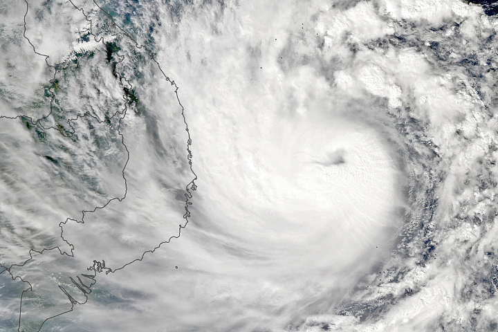 Molave Heads Toward Vietnam - selected image