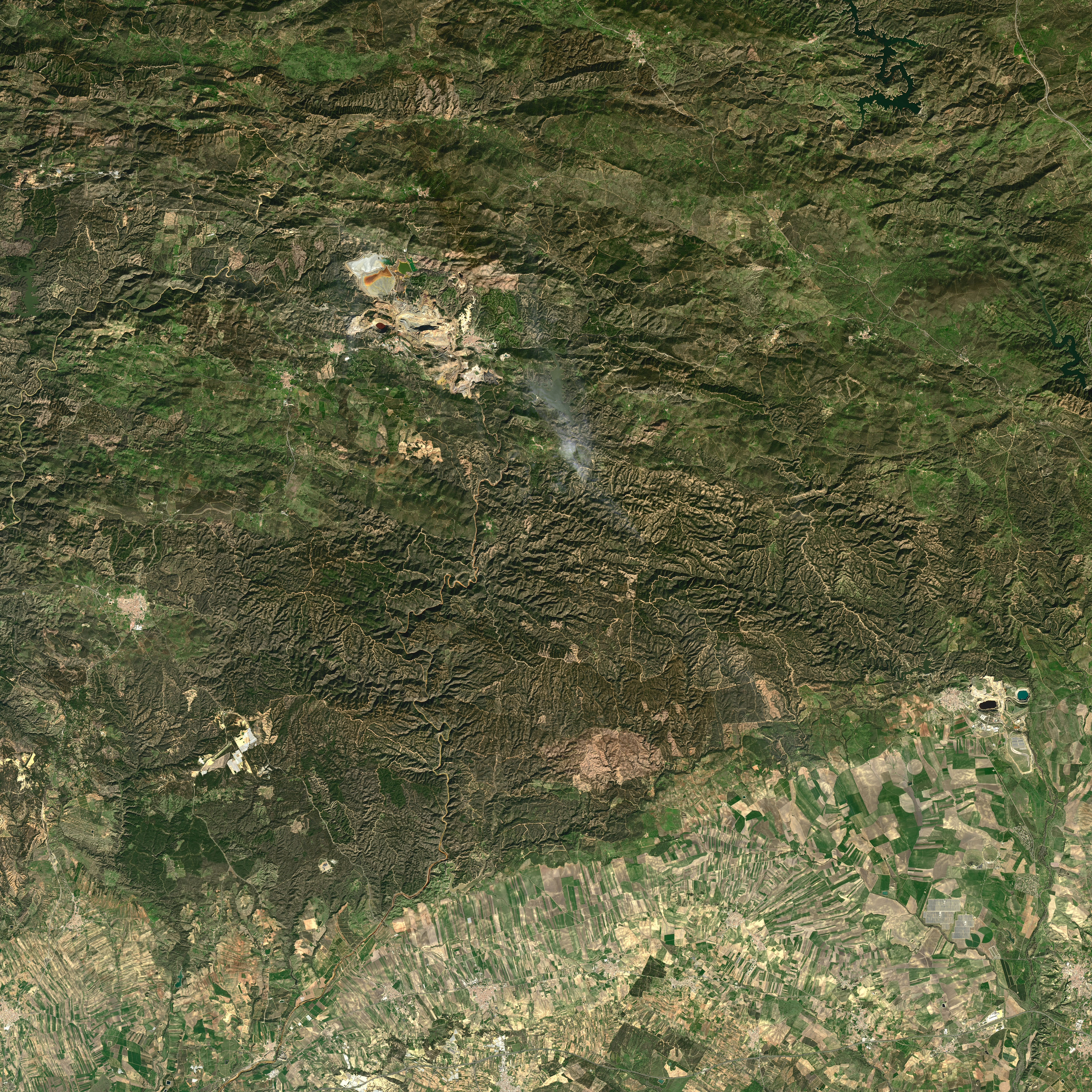Spain's Stained River - related image preview