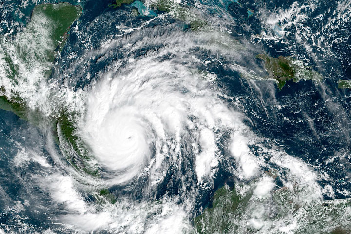 Dangerous Hurricane Iota Sets Late-Season Records - selected image