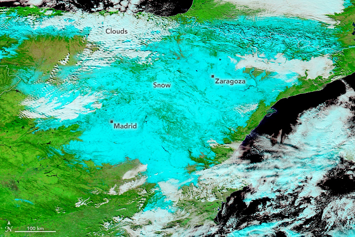 Heavy Snowfall Blankets Spain