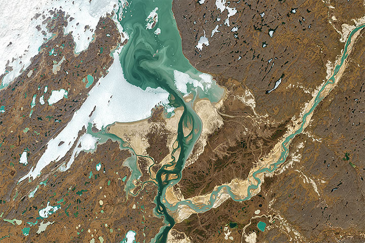 A Colorful Confluence in the Canadian Arctic