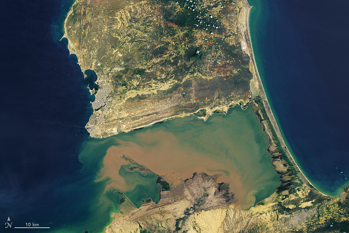 Venezuela's Sandy Peninsula - related image preview