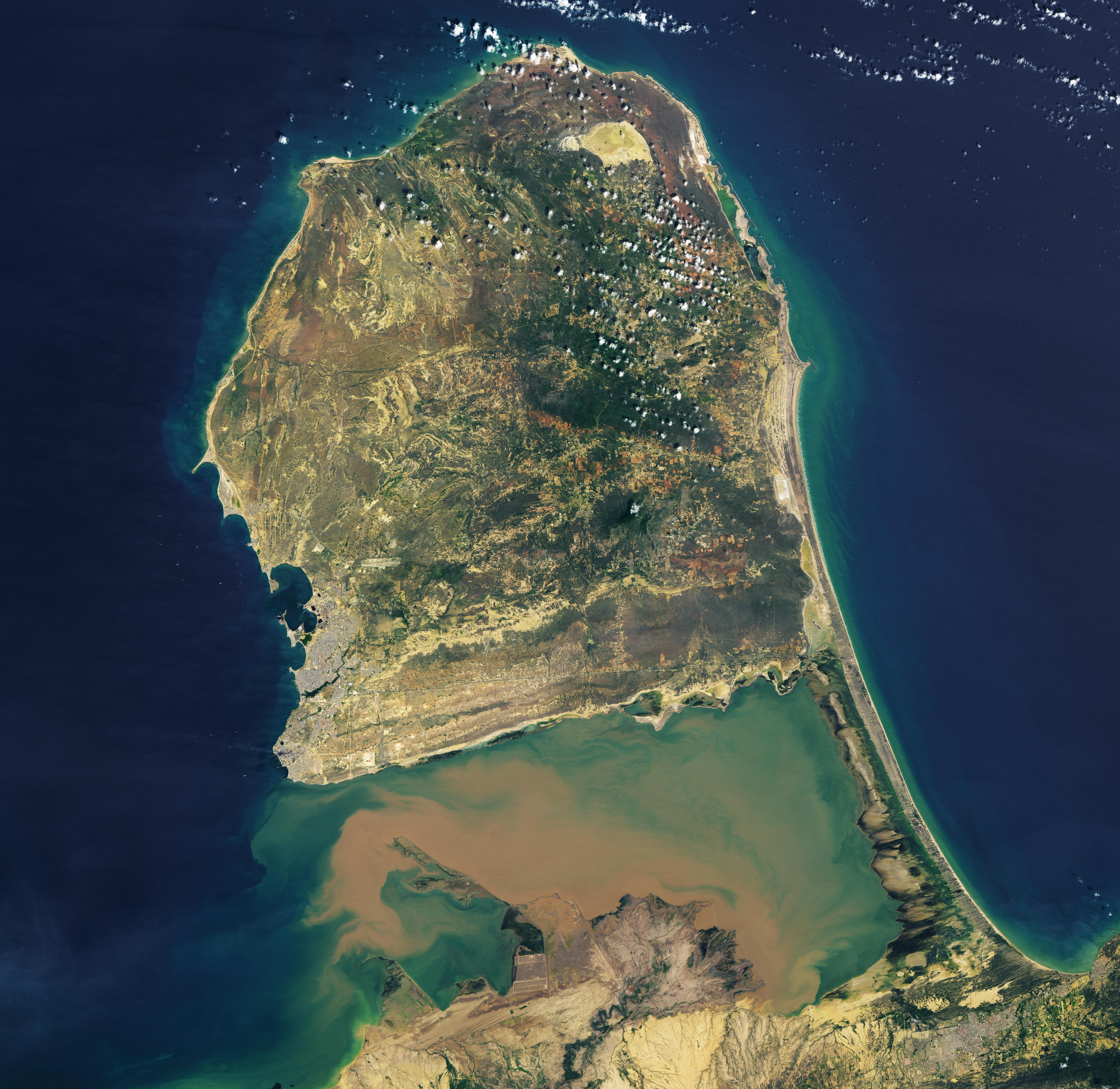 Venezuela's Sandy Peninsula - related image preview