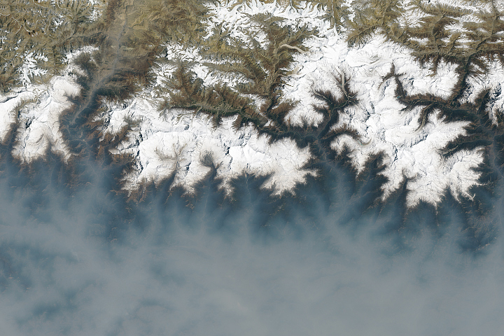 A Fierce Fire Season in Nepal - selected image