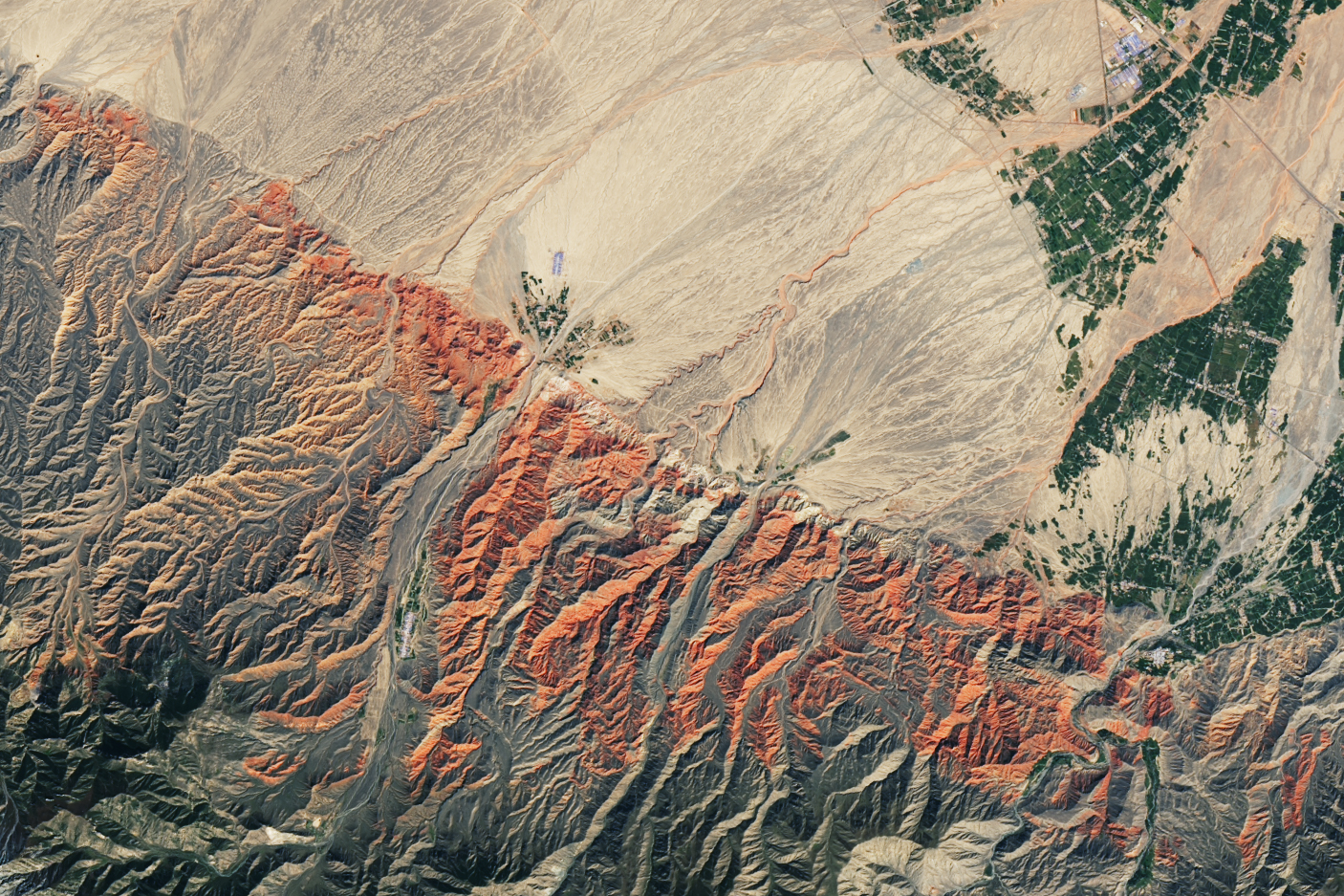 China's Red Rocks and Rainbow Ridges - related image preview