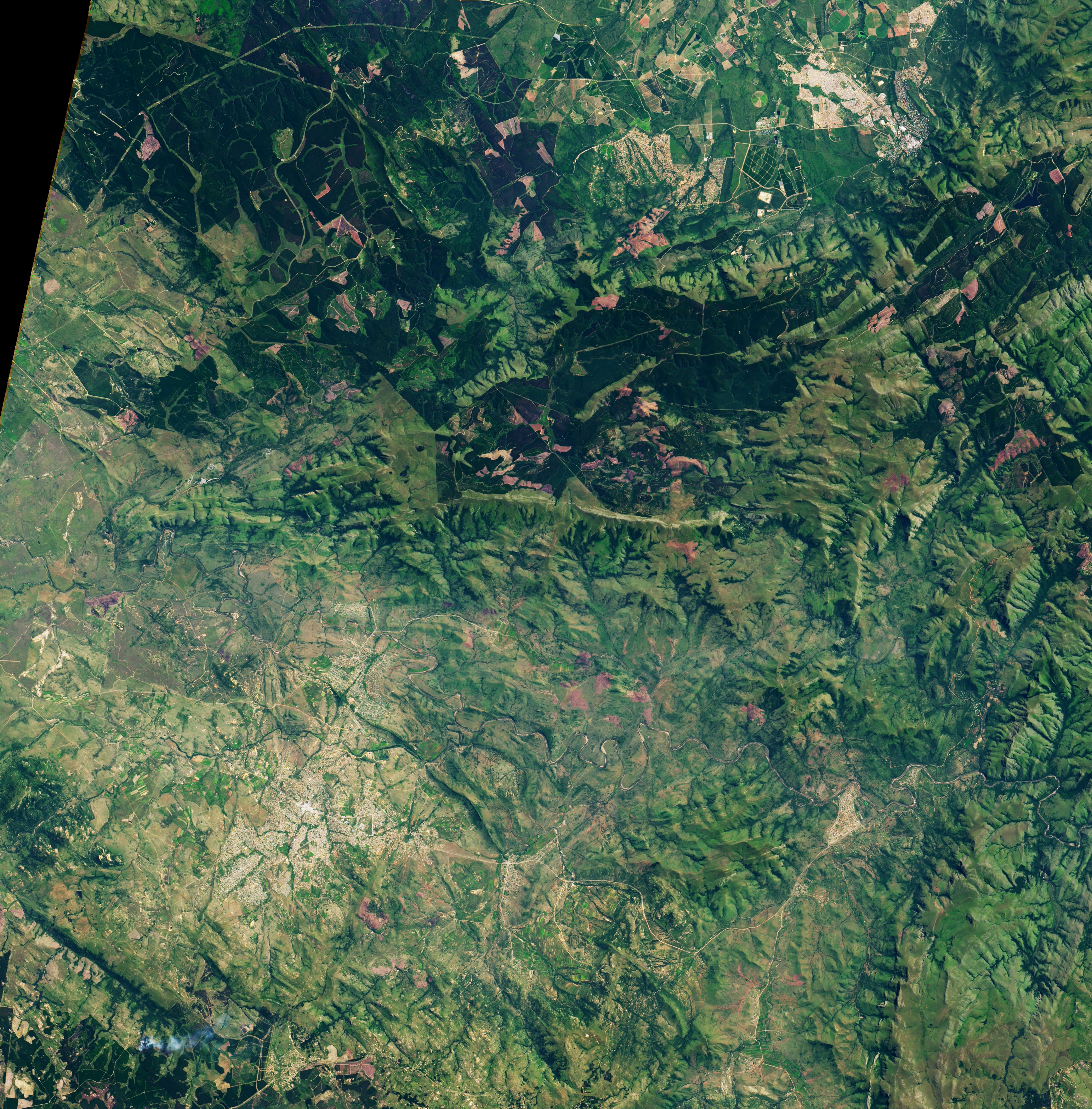 The Ancient Barberton Makhonjwa Mountains - related image preview