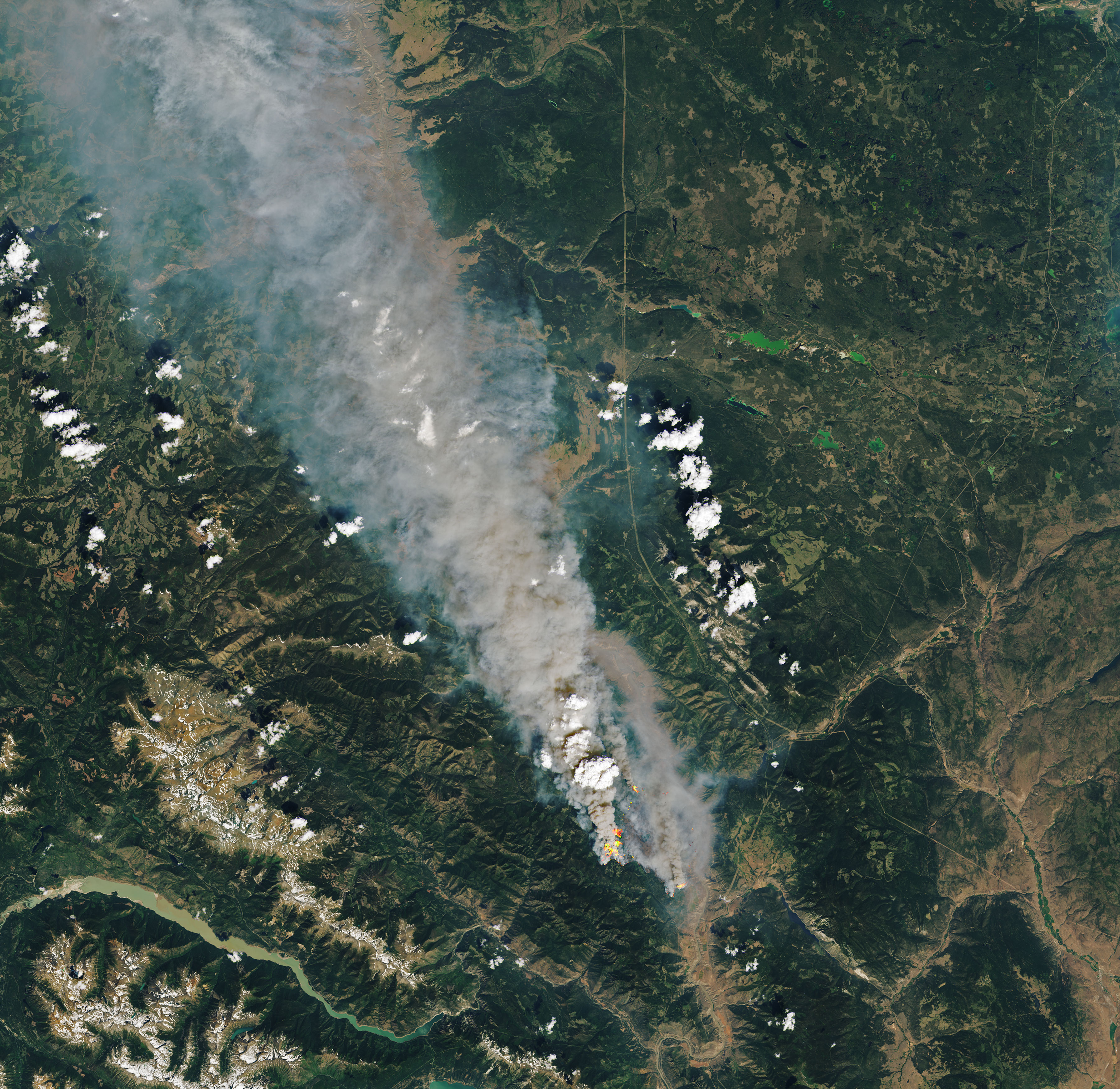 A Summer of Fire-Breathing Smoke Storms - related image preview