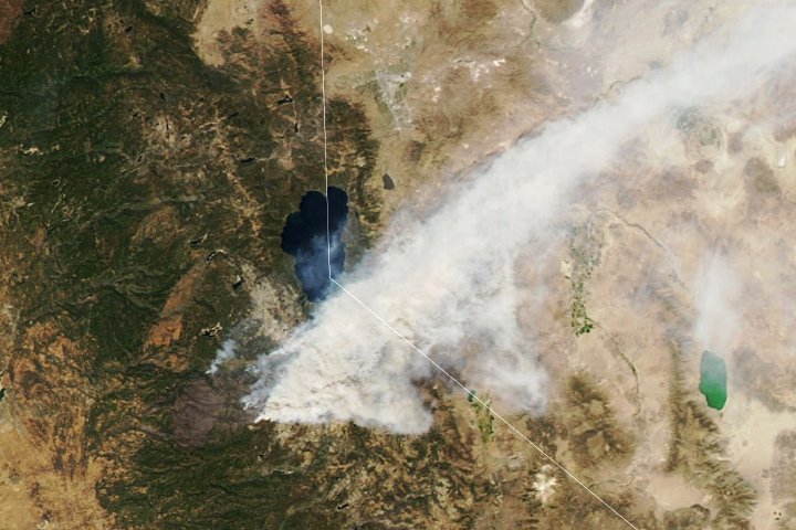 Arc of Fires in the U.S. West - selected image