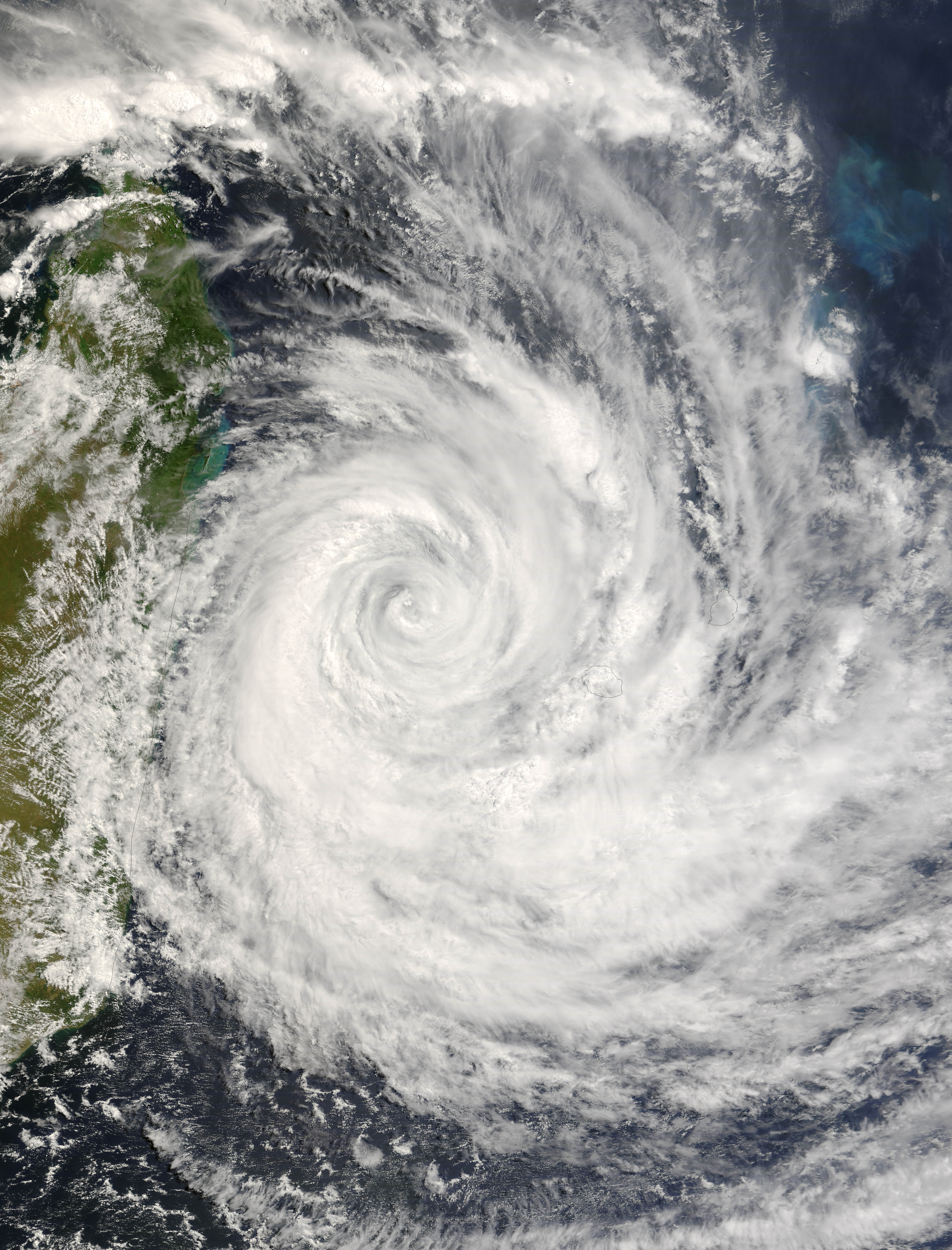 tropical cyclones The bureau of meteorology has cancelled all warnings for tropical cyclone iris as the category one system starts moving further out to sea and continues to weaken.