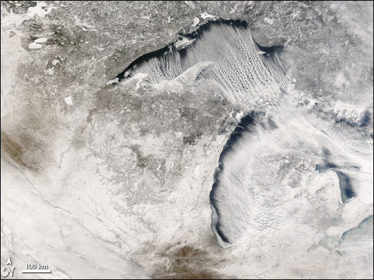 Cloud Streets over the Great Lakes