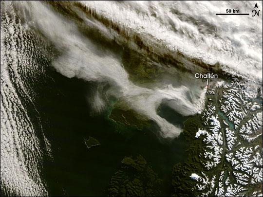 Chaiten Volcano Erupts
