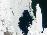 Seasonal Sea Ice Breakup Near the Ross Ice Shelf