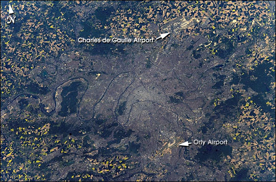 Paris in April - related image preview