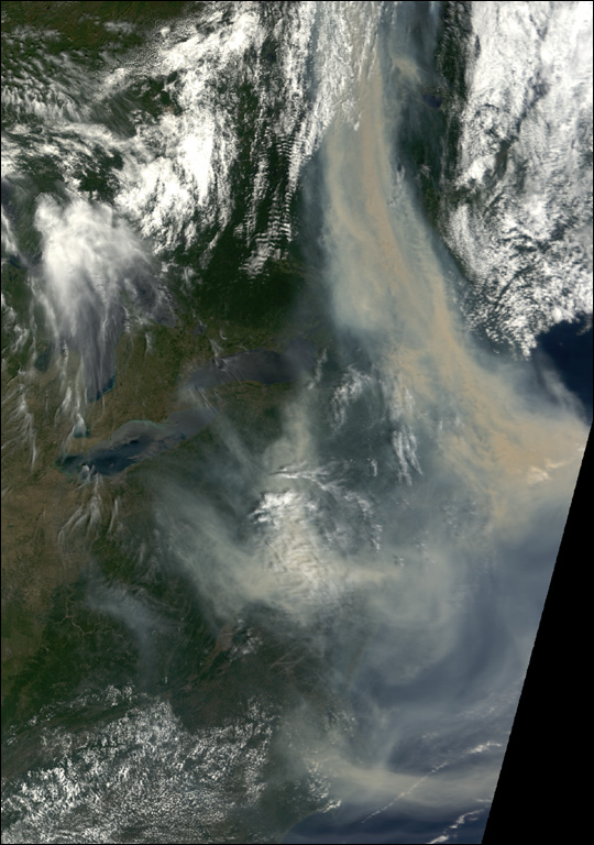 Smoke from Canadian Fires Blankets Eastern U.S.