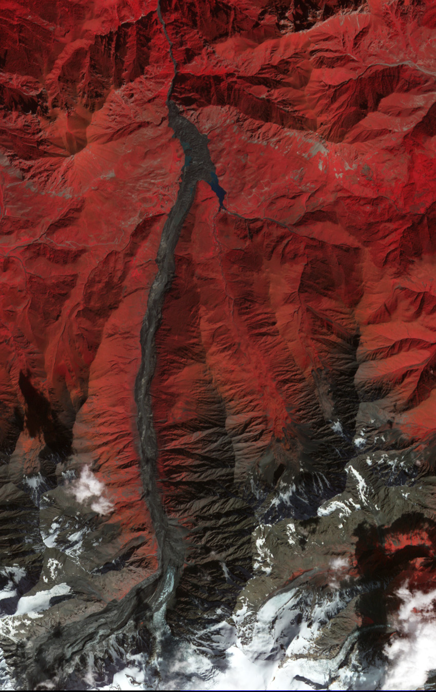 Russian Kolka Glacier Collapses - related image preview