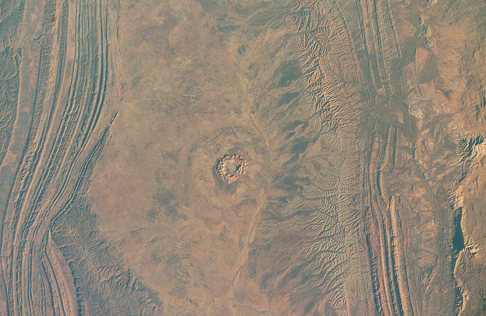 Gosses Bluff Impact Crater, Northern Territory, Australia - related image preview