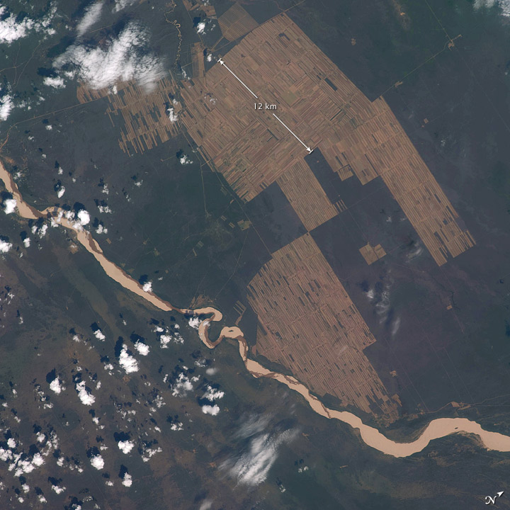 ISS018-E-008064 & 008065