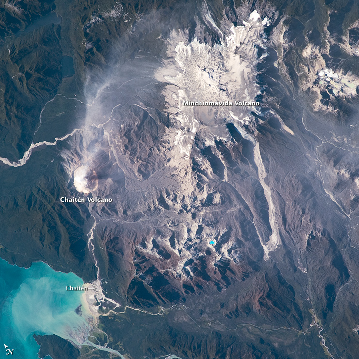 Minchinmavida and Chaiten Volcanoes, Chile