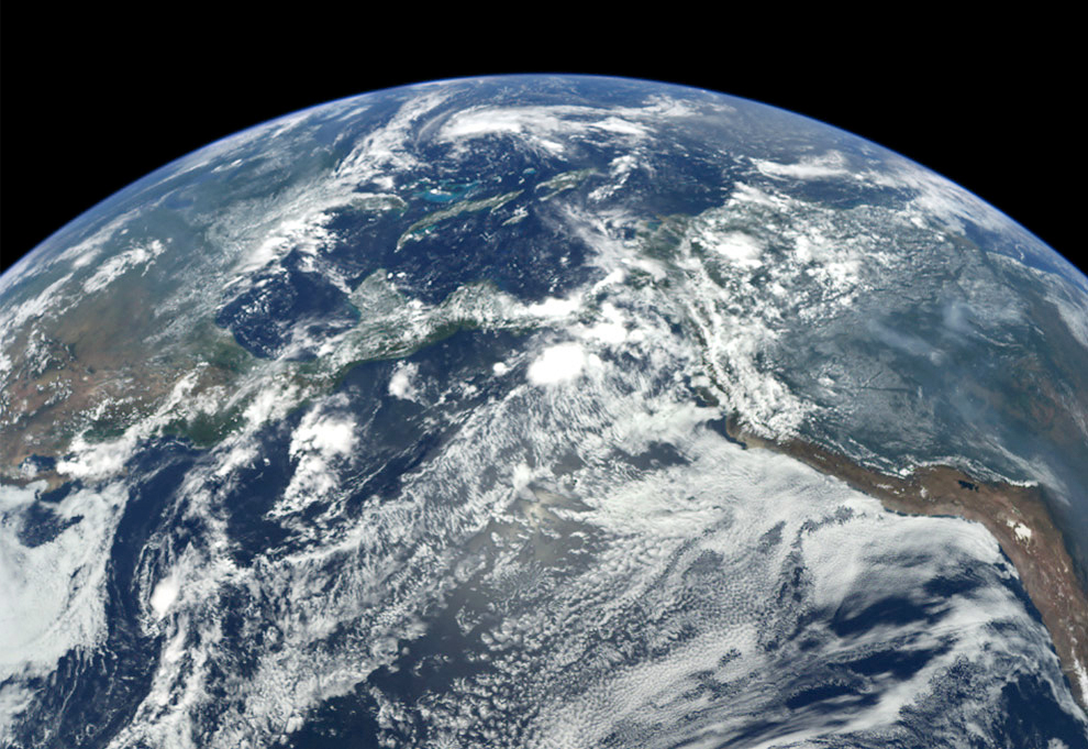 View of Earth from MESSENGER - related image preview