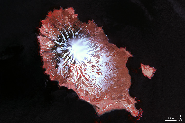 Eruption of Sarychev Peak, Kuril Islands