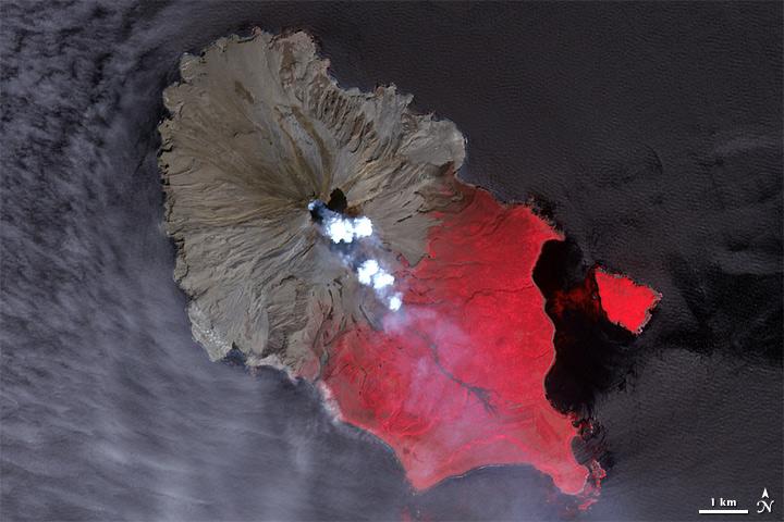 Eruption of Sarychev Peak, Kuril Islands