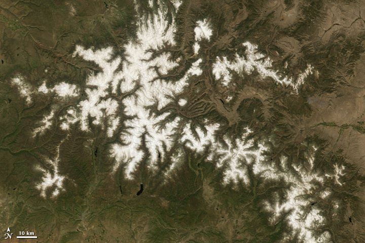 Dust Accelerates Snow Melt in San Juan Mountains