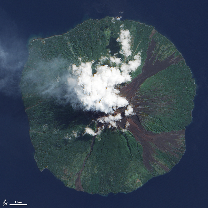 Manam Volcano : Natural Hazards