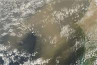 Dust Plumes off West Africa