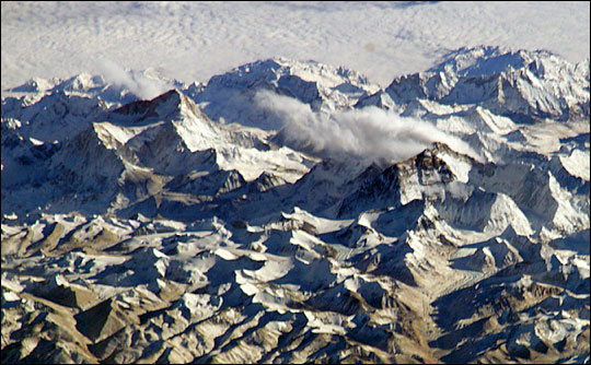 On Top of the World: Everest and Makalu - related image preview