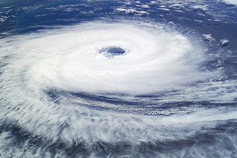 """""""Hurricane"""" Catarina hits Brazil - related image preview"""