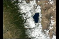 Heavy snowfall in California Sierras