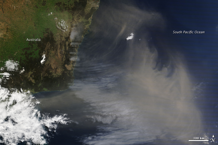 Australian Dust over the Pacific Ocean